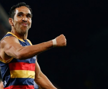 Eddie Betts kicks goal of the year contender in 300th game