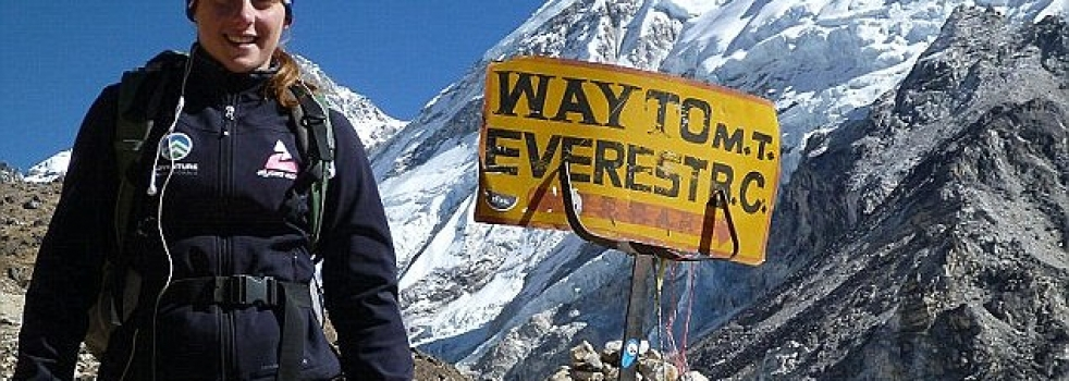 Azar conquers Everest