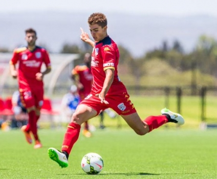 Adelaide United re-signs Nathan Konstandopoulos