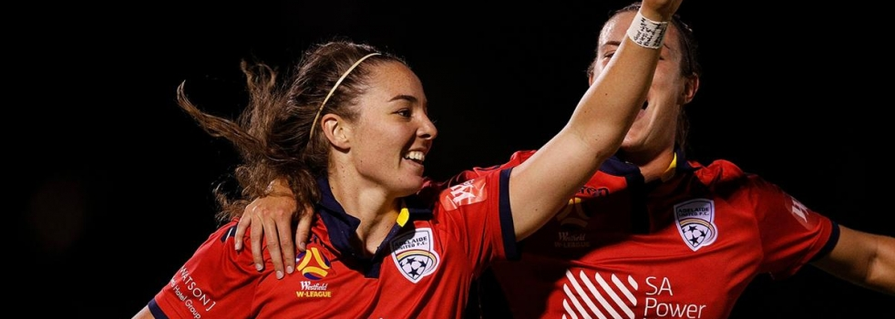 Jenna McCormick Signs with Brisbane Roar